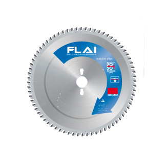 Sawblade for cutting non ferrous metals